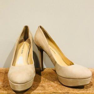 Simple, classic nude pumps